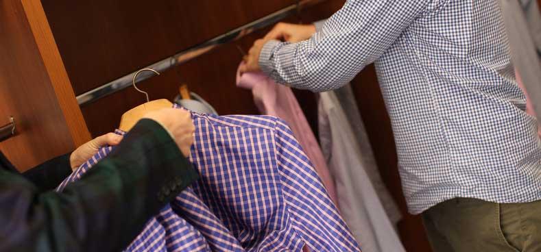 touching_shirts