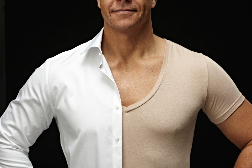 invisible-undershirt-2-buttons-open